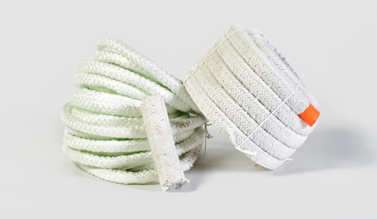 Cordões e fitas de fibra cerâmica